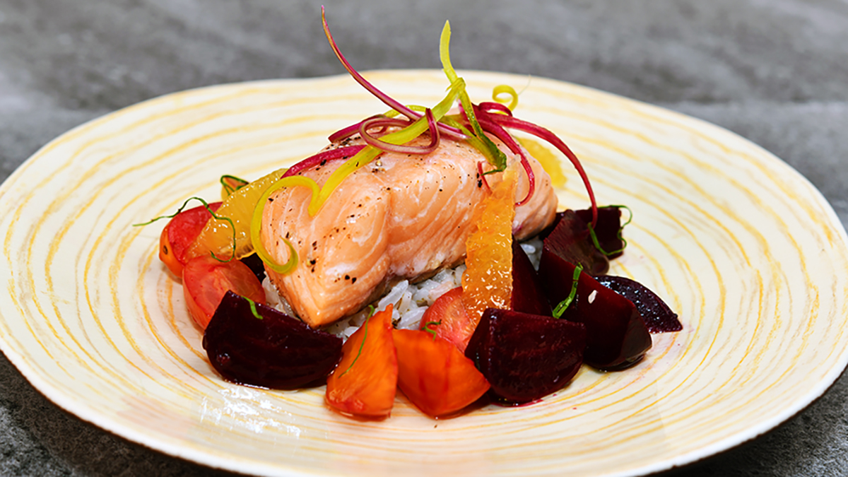 Chilean Salmon Red and Golden Beets 16 x 9