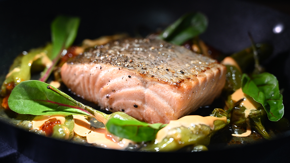 Chilean Salmon with Shishito Peppers 16 x 9