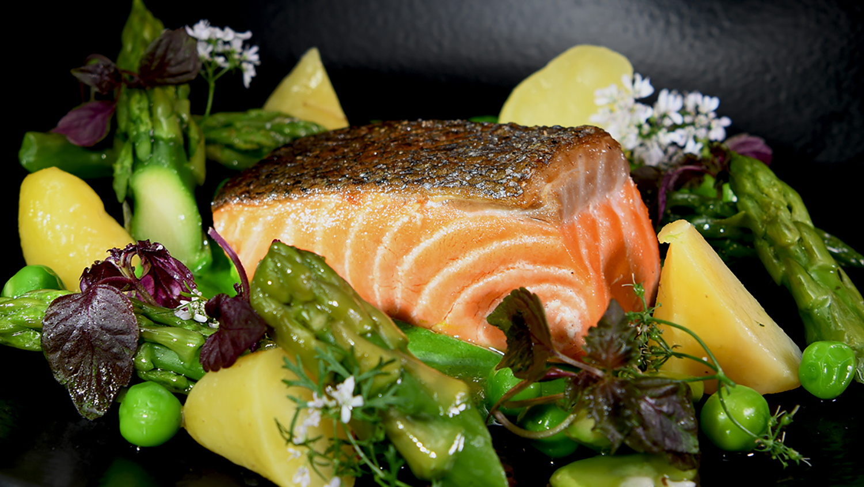 Chilean Salmon Center Cut with Herbs and Asparagus 16x9